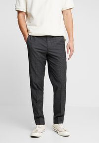 Isaac Dewhirst - SEMI PLAIN TROUSER - Tygbyxor - dark grey - 0