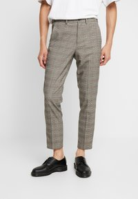 Isaac Dewhirst - Trousers - brown - 0