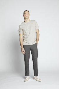 Isaac Dewhirst - FLANNEL PLAIN TROUSER - Trousers - grey - 1