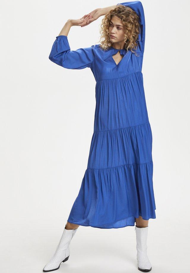 Długa sukienka - dazzling blue