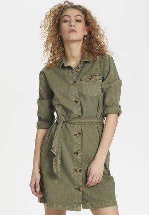 DHALTO - Sukienka koszulowa - dusty olive