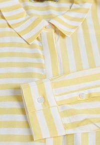 Denim Hunter - HUNTER DHTOULON  - Button-down blouse - dandelion - 7