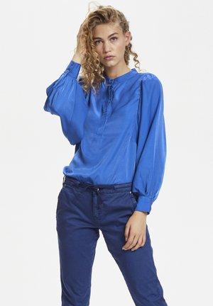 Bluzka - dazzling blue