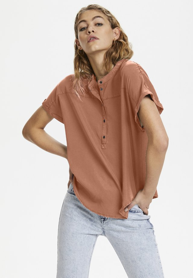 DHFIONA SS - Blouse - pale redwood
