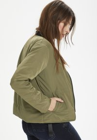 Denim Hunter - Bomber Jacket - dusty olive - 2