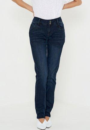 REGITZE CURVED - Jeans a sigaretta - blue-black denim