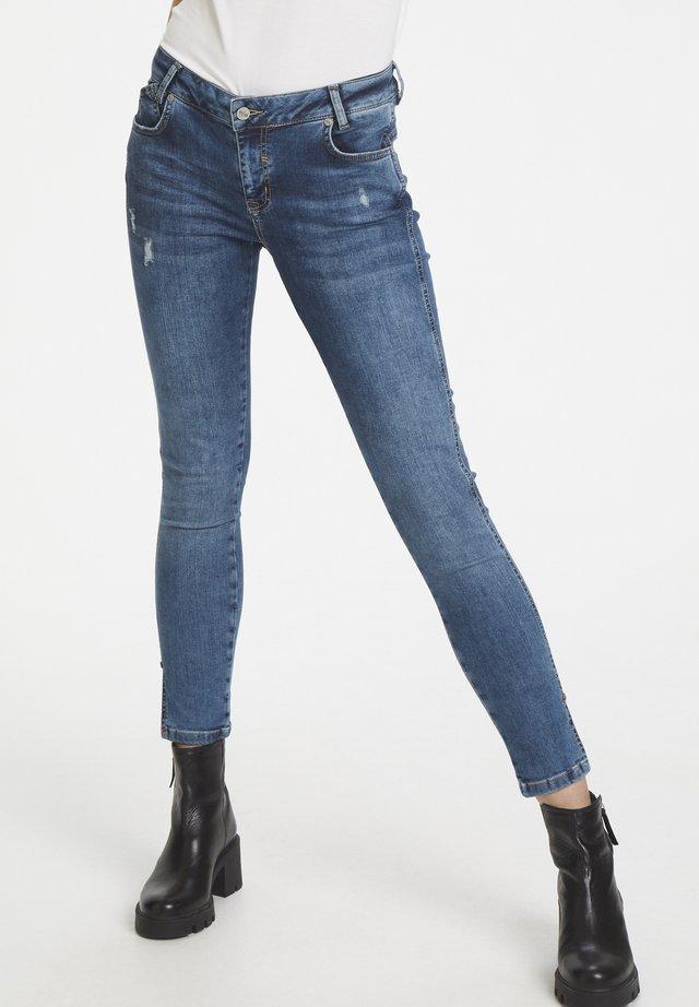 DHMALIKA - Jeansy Skinny Fit - medium blue wash