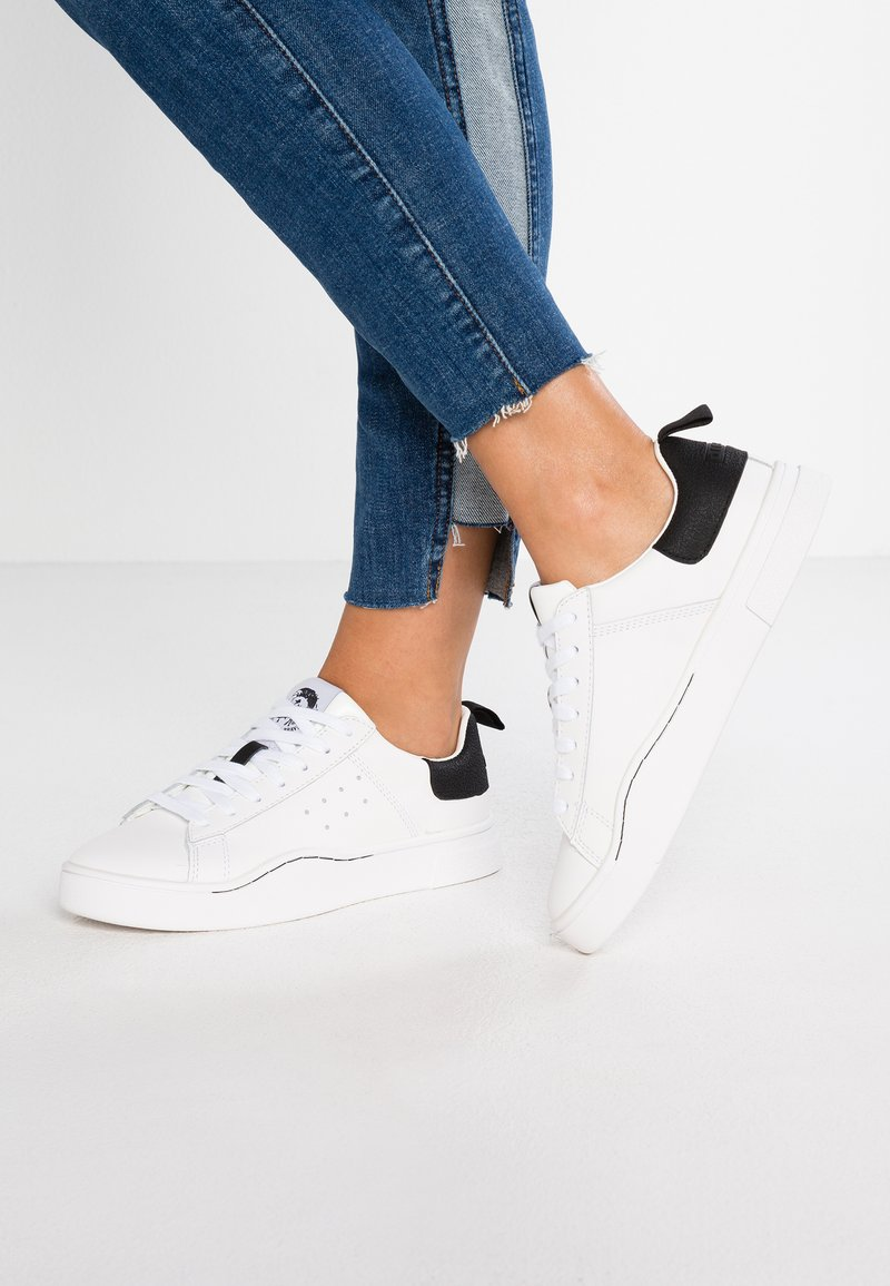 Diesel - CLEVER S-CLEVER LOW W - Sneaker low - weiß/schwarz
