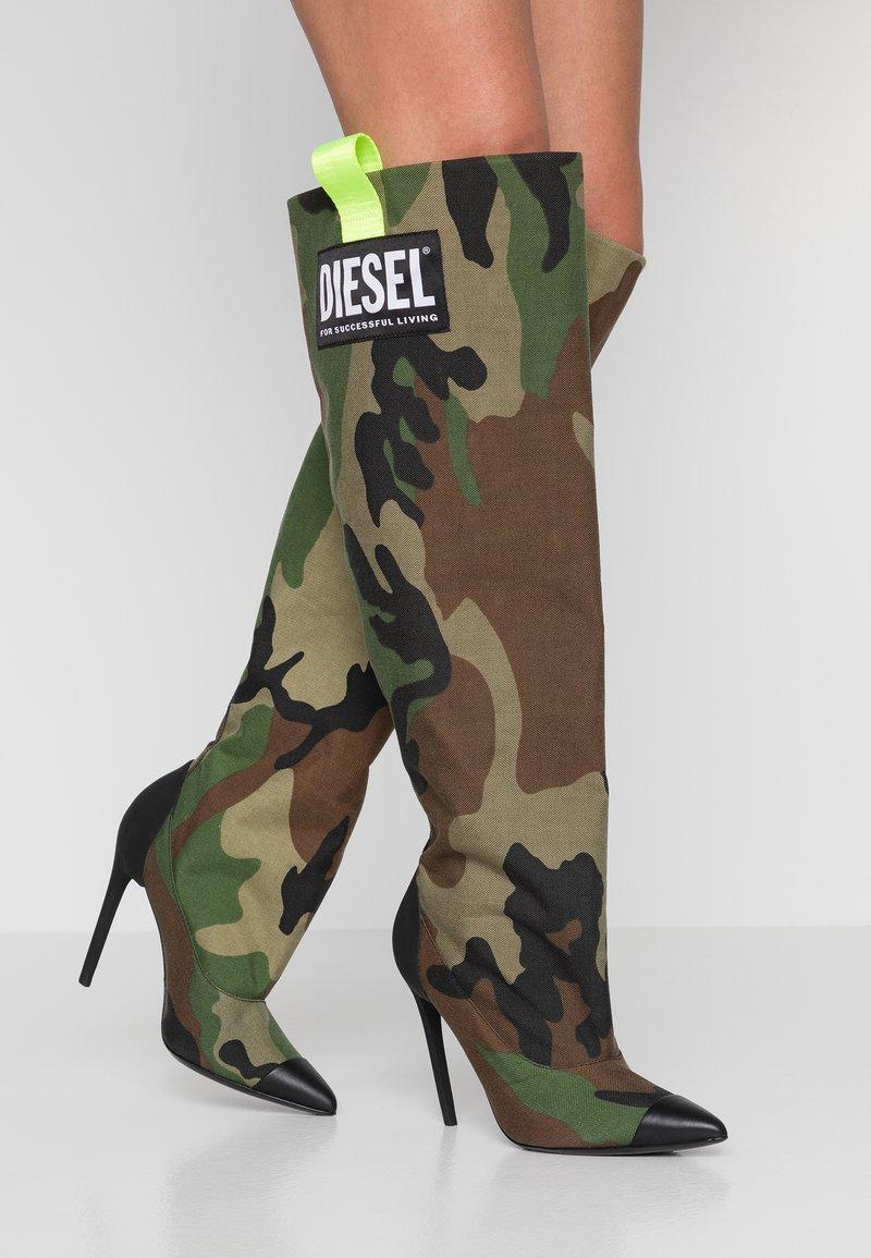 Diesel - SLANTY D-SLANTY HOTK - Kozačky na vysokém podpatku - khaki