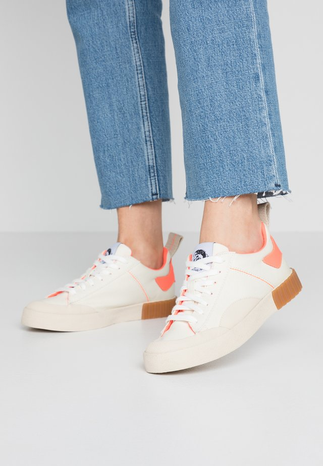 BULLY S-BULLY LC W - Sneakers laag - tofu/rosa antico