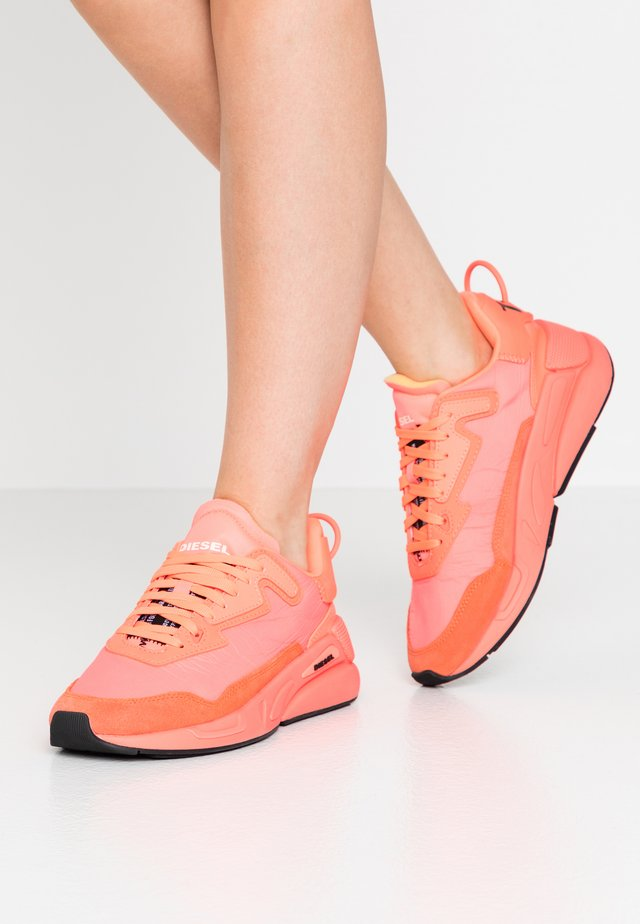 SERENDIPITY S-SERENDIPITY LC W SNEAKERS - Sneakers laag - coral