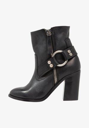 FLAMINGO D-FLAMINGO ABZ - High heeled ankle boots - black