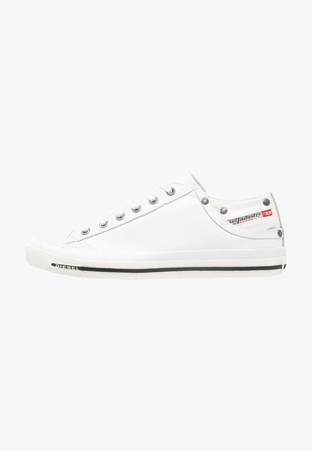 EXPOSURE LOW I - Trainers - white
