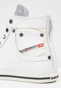 Diesel - EXPOSURE I - High-top trainers - white