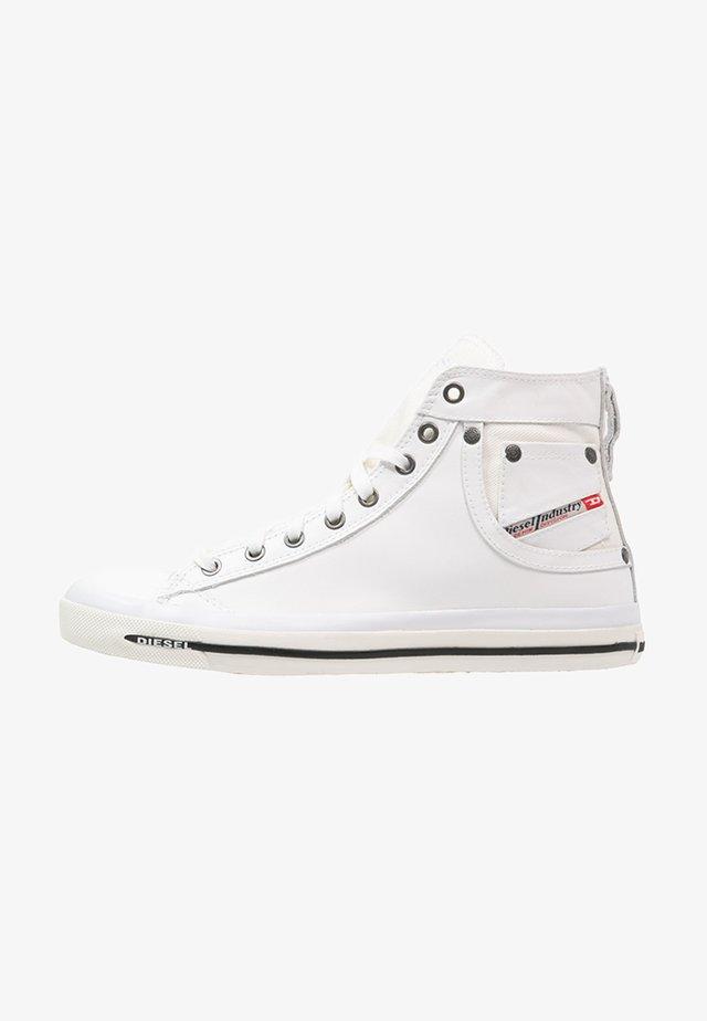 EXPOSURE I - Höga sneakers - white