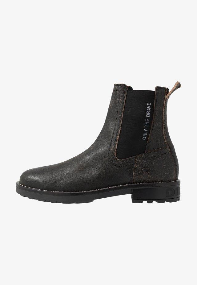 D-THROUPER CB - Classic ankle boots - black