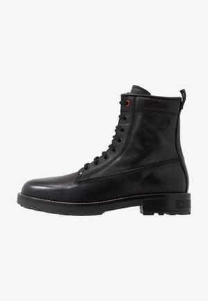 D-THROUPER DBB Z - Šněrovací kotníkové boty - black