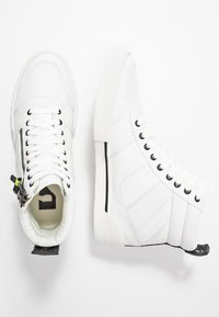Diesel - S-DVELOWS MID - High-top trainers - star white - 1
