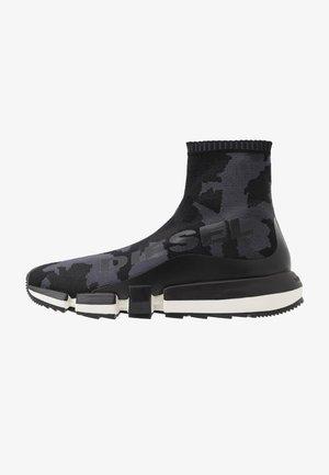 H-PADOLA HIGH SOCK - Sneakers hoog - black
