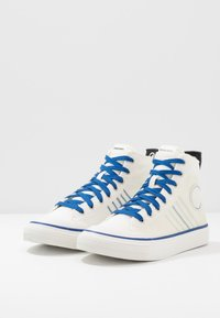 Diesel - S-ASTICO MC H - Korkeavartiset tennarit - star white/true blue - 2