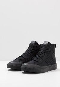 Diesel - S-ASTICO MID LACE - Sneakers alte - black - 2