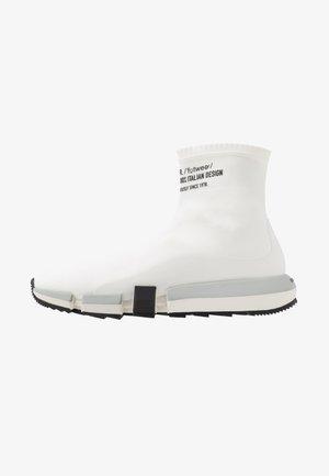 H-PADOLA HIGH SOCK - Sneakers hoog - star white