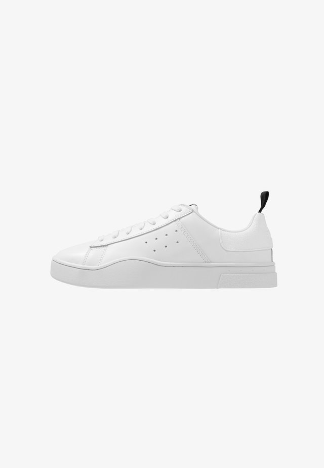 S-CLEVER LOW - Matalavartiset tennarit - white