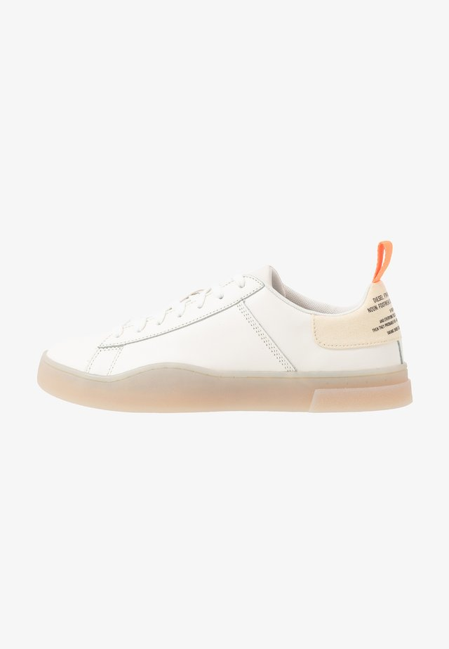 S-CLEVER LOW LACE - Sneakers laag - star white/fluo peach