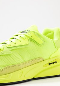 Diesel - SERENDIPITY S-SERENDIPITY LC SNEAKERS - Baskets basses - neon yellow - 5