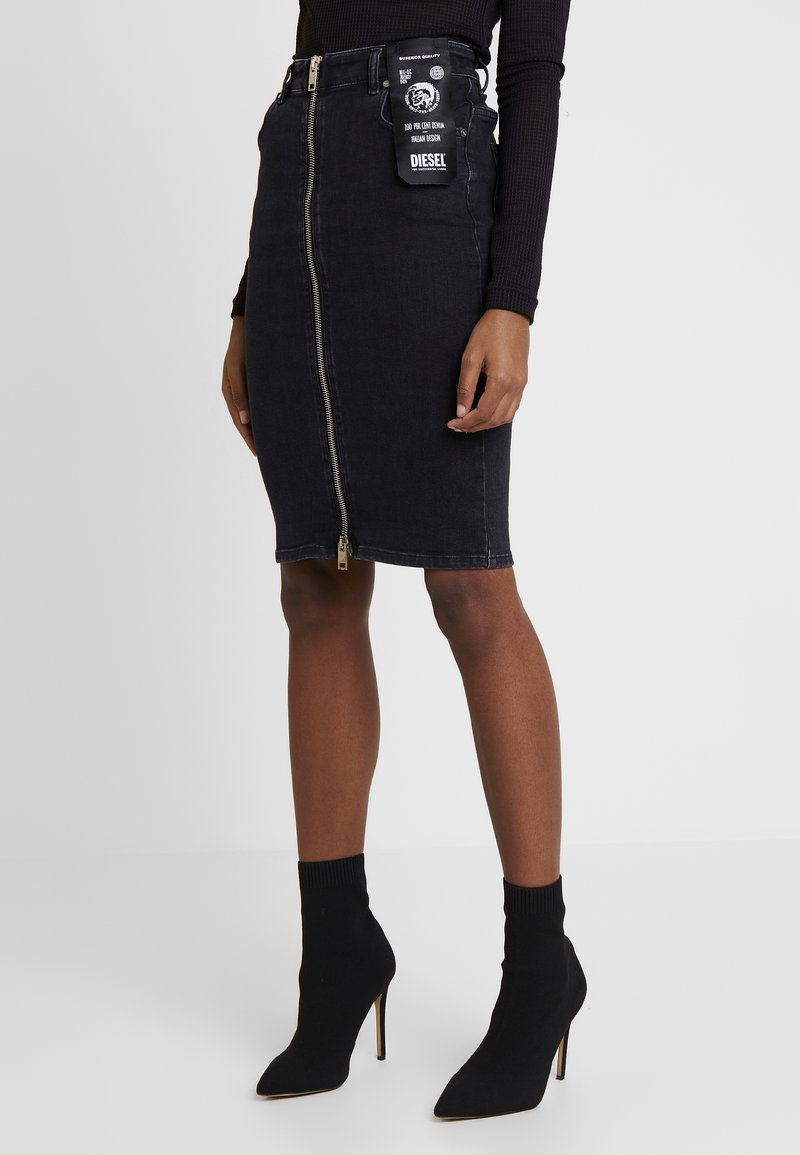 Diesel - DE-PENCIL-ZIP GONNA - Pouzdrová sukně - black