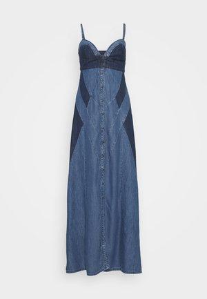 DE ARYNA DRESS - Vestito lungo - tencil blue