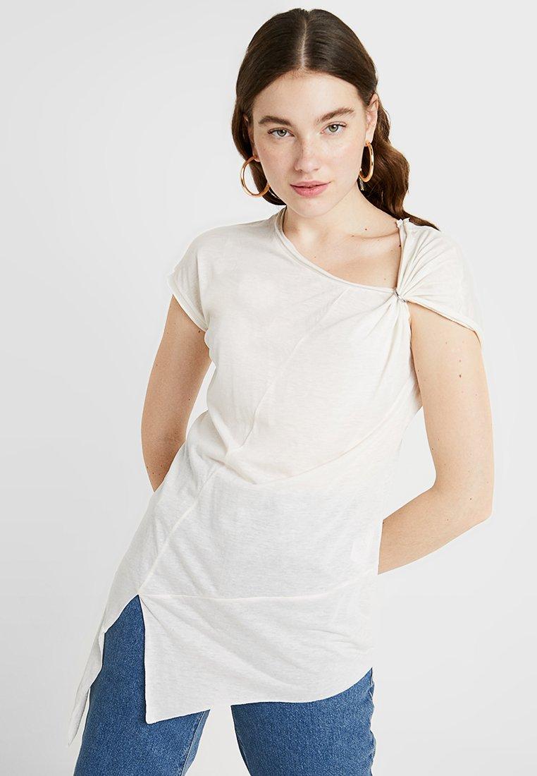 Diesel - T-MILLIE-A TANK-TOP - T-shirt z nadrukiem - white