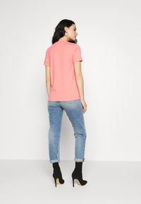 Diesel - T-SILY-S7 T-SHIRT - T-shirt con stampa - pink - 2