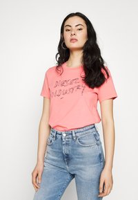 Diesel - T-SILY-S7 T-SHIRT - T-shirt con stampa - pink - 0