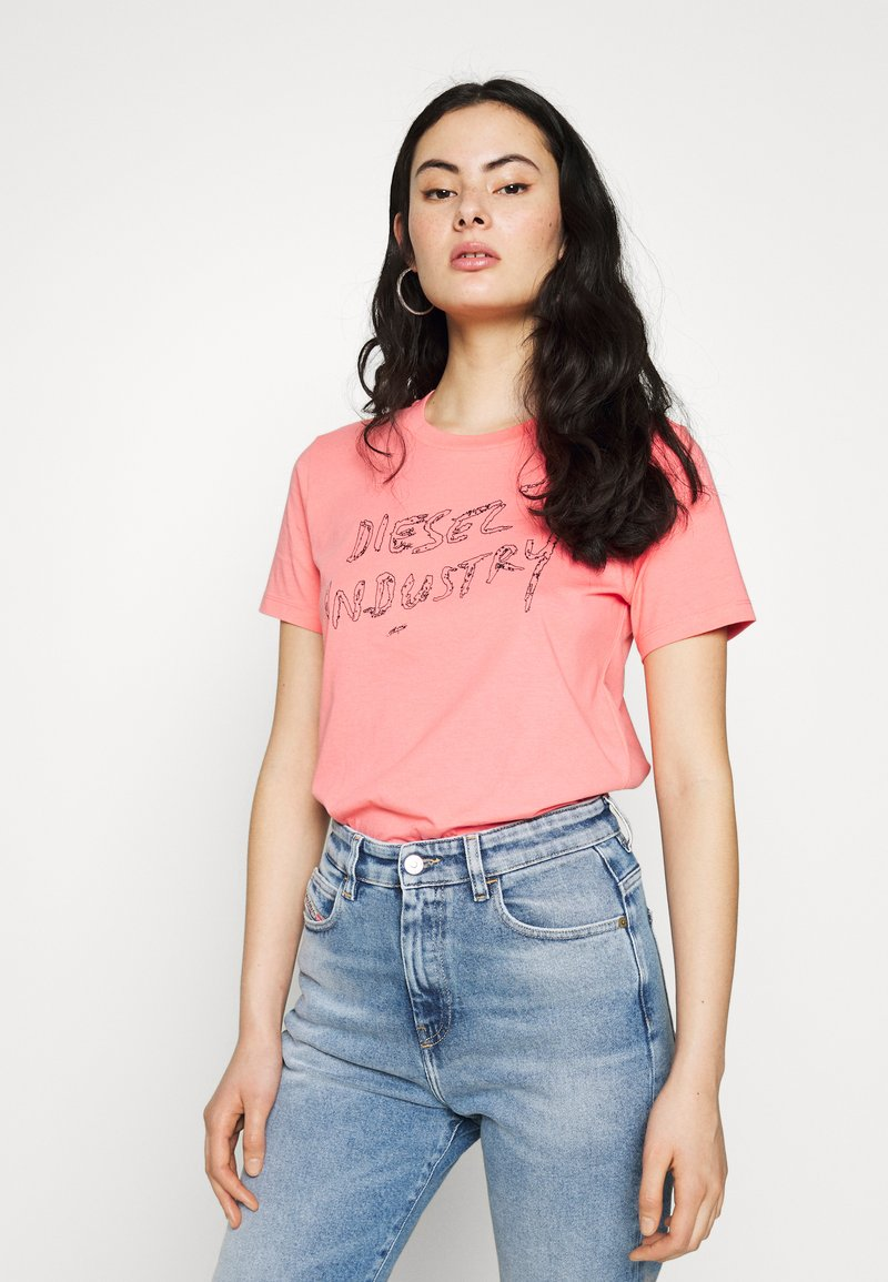 Diesel - T-SILY-S7 T-SHIRT - T-shirt con stampa - pink