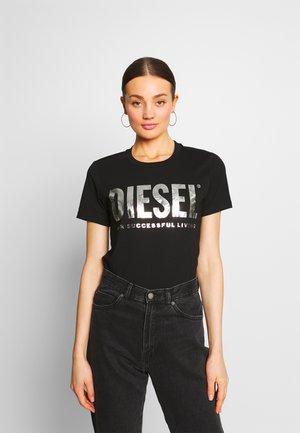 T-SILY-WX MAGLIETTA - T-shirt con stampa - black/silver