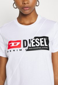 Diesel - SILY CUTY - T-shirt print - white - 5