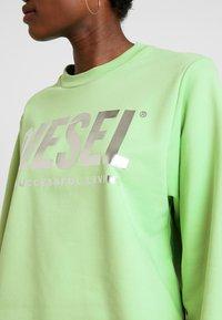 Diesel - F-ANG SWEAT-SHIRT - Sweatshirt - green - 5