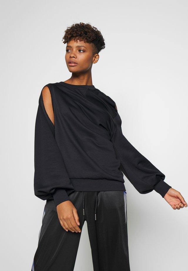F-INVERT SWEAT-SHIRT - Bluza - black