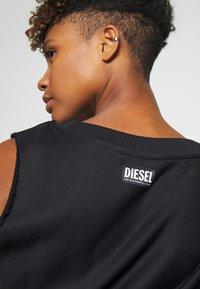 Diesel - F-INVERT SWEAT-SHIRT - Mikina - black - 5