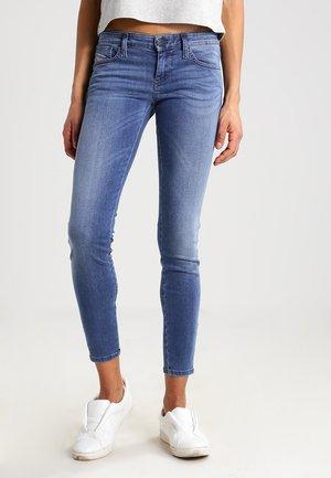 SKINZEE-LOW-ZIP  - Skinny džíny - 0681p