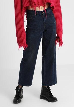 WIDEE - Flared Jeans - indigo