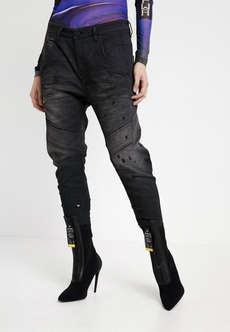Diesel - FAYZA-NE SP - JOGG - Jeans relaxed fit - dark grey