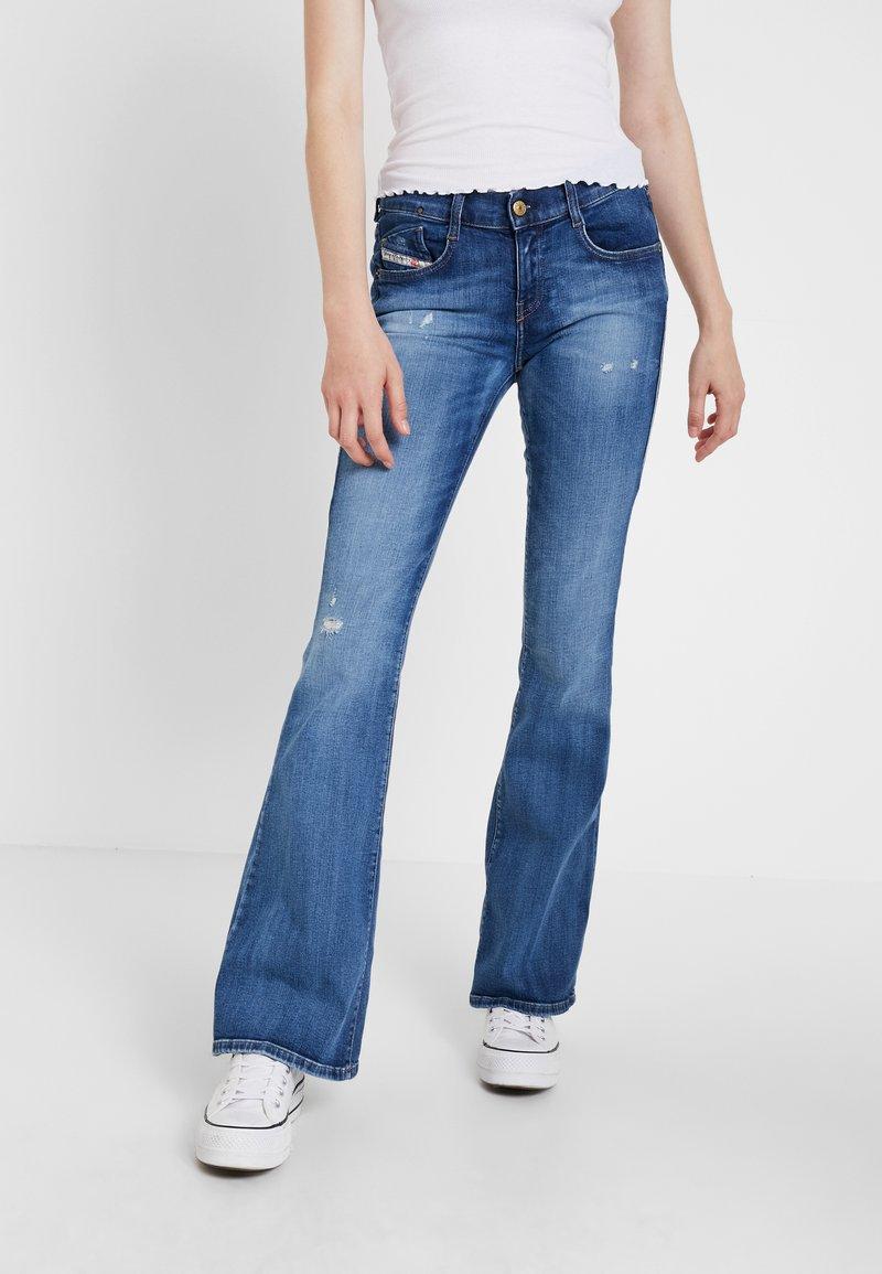 Diesel - D EBBEY - Jeans Bootcut - indigo