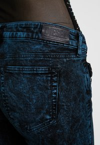 Diesel - D-OLLIES-SP-NE - Jeans Skinny Fit - black - 3