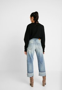 Diesel - REGGY - Jeansy Relaxed Fit - indigo - 2