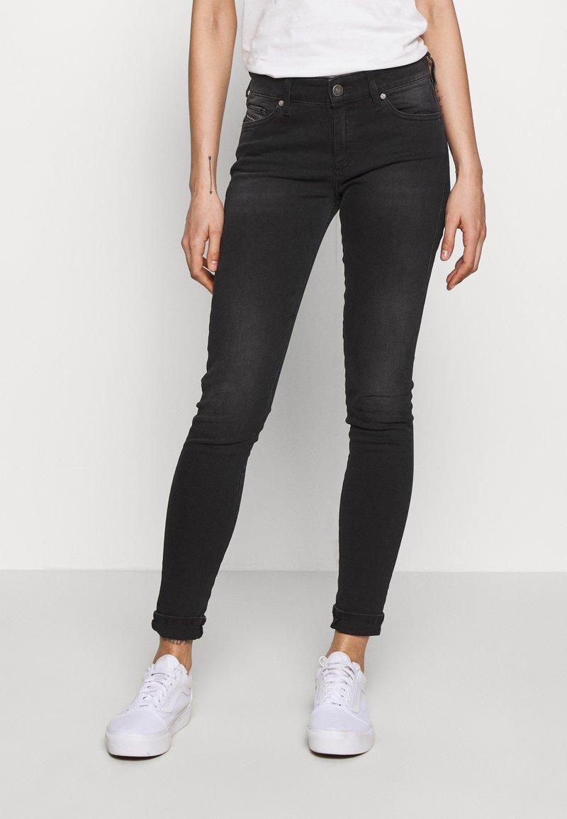 Diesel - SLANDY - Jeans Skinny Fit - washed black