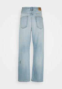 Diesel - D-REGGY - Relaxed fit jeans - light blue - 1