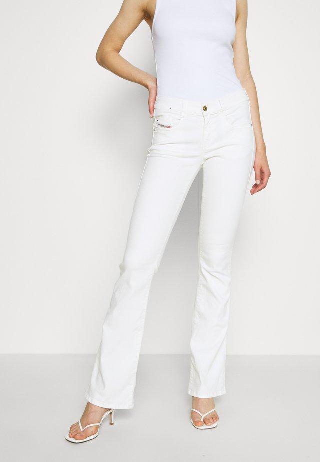 D-EBBEY - Bootcut jeans - white