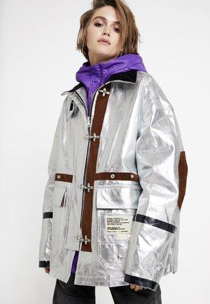 W-GELYA GIACCA - Abrigo de invierno - silver